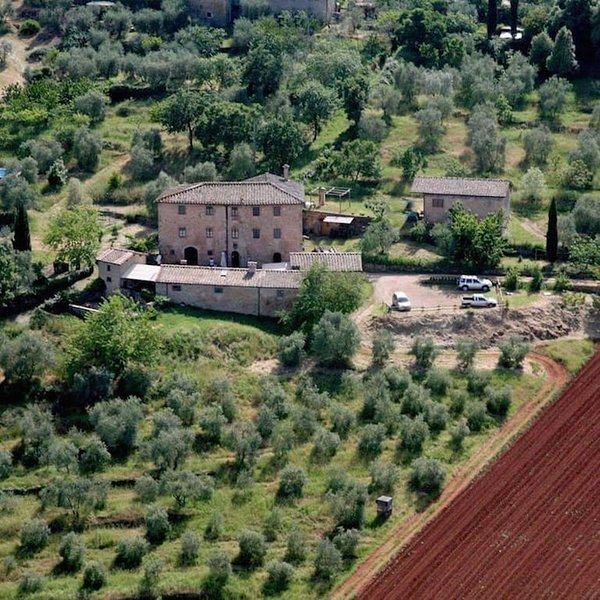 Bio Agriturismo nella campagna senese, Ferienwohnung in Sovicille