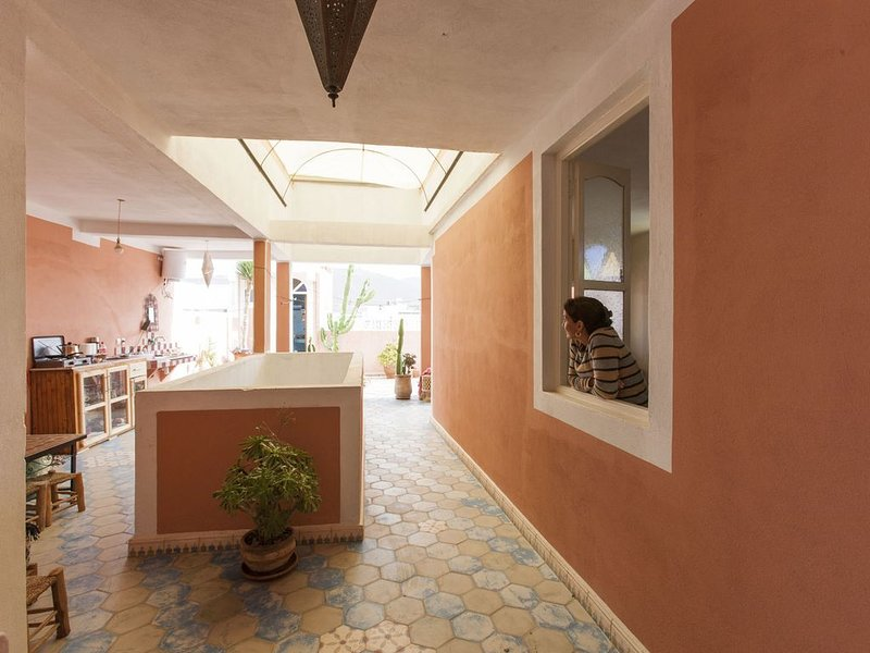 Abdou, guest house - private room, vacation rental in Mirleft