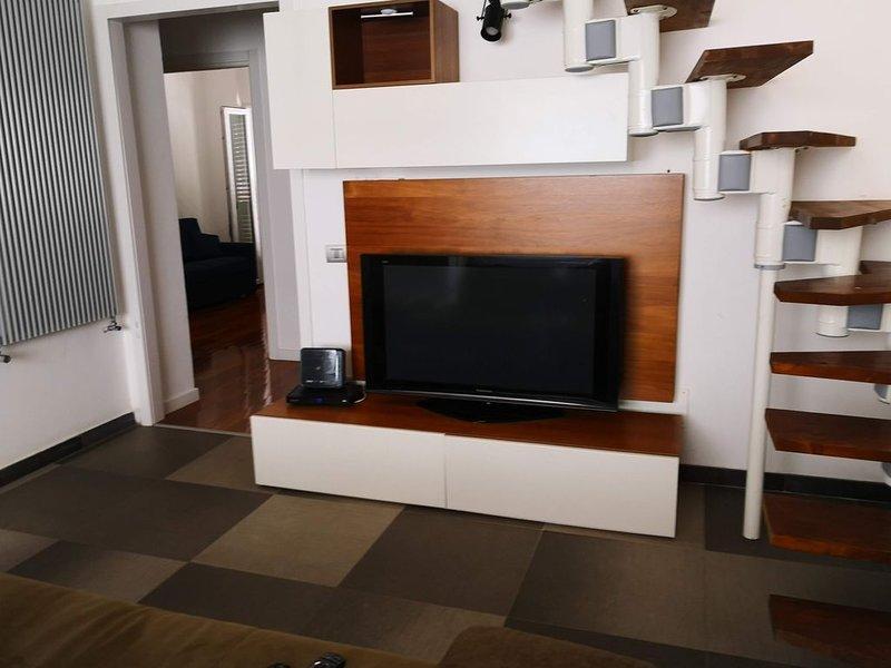 Luxury Central apartment 500m from Civitavecchia Port, location de vacances à Civitavecchia