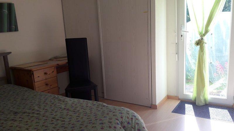 Chambre indépendante au calme, location de vacances à Landivisiau