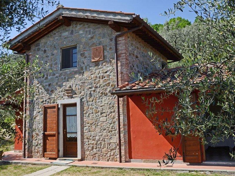 Casa Iacopo, Pieve a Nievole, Pistoia and Montecatini Terme, holiday rental in Montecatini Terme