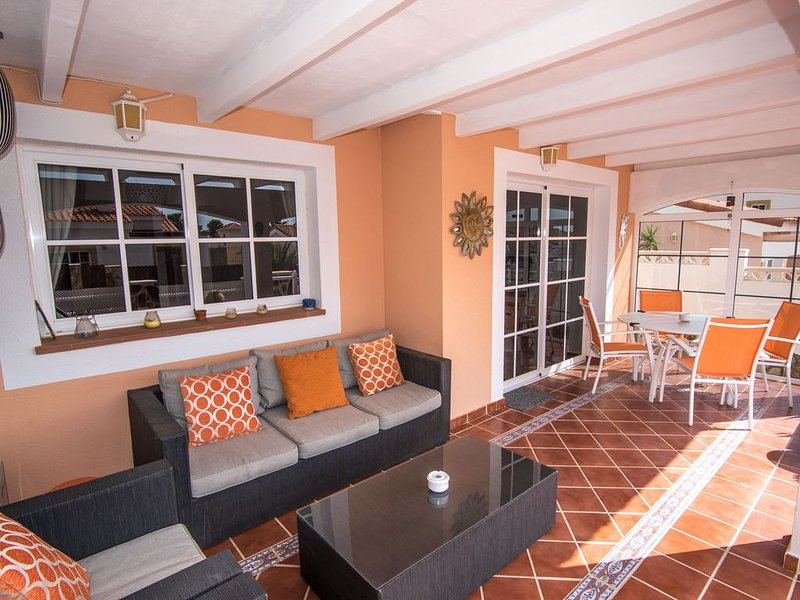 STUNNING VILLA WITH HOT TUB, 10 MINS WALK   TO THE BEACH,WITH COMMUNAL POOL., holiday rental in Fustes
