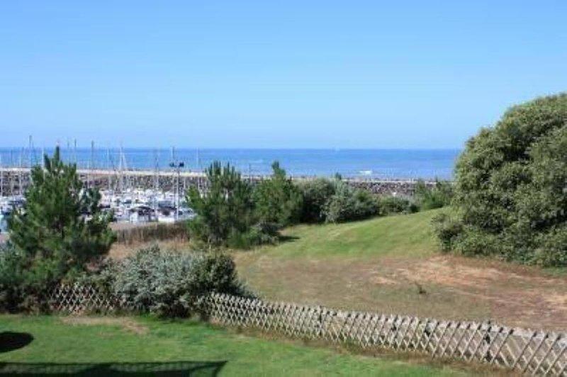 Appartement vue mer et golf 6 personnes, location de vacances à Talmont-Saint-Hilaire
