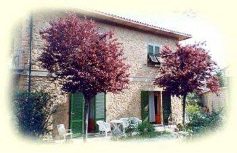 Appartamento in villa Toscana, holiday rental in Volterra