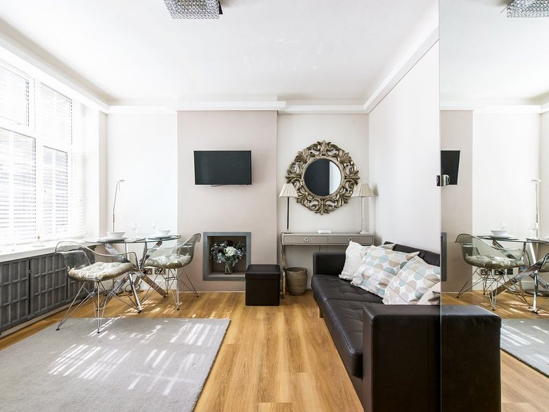 THE ULTIMATE CHELSEA GEM, vacation rental in London