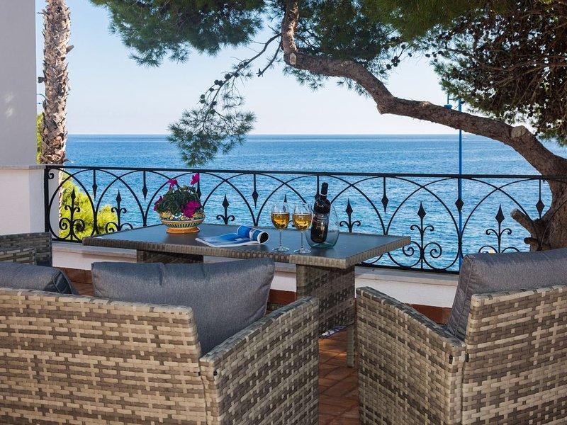 Villa Mallandrino appartamento Levante, vacation rental in Raffo