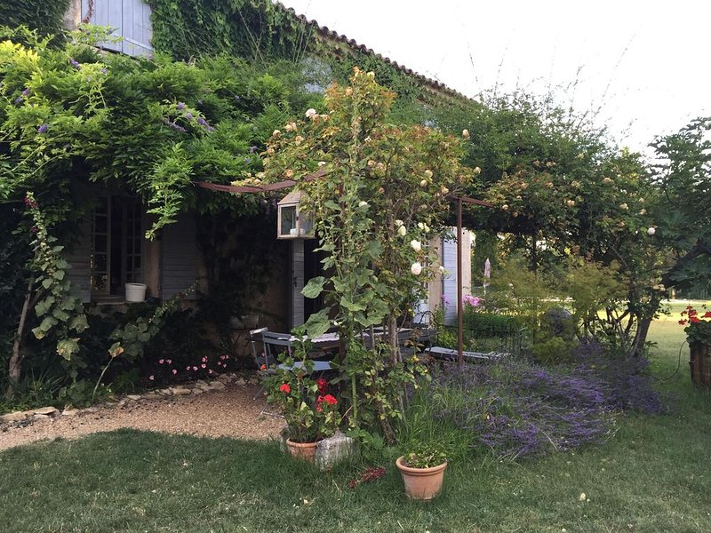 Chambre d'hôtes / Bed & breakfast, holiday rental in Limans
