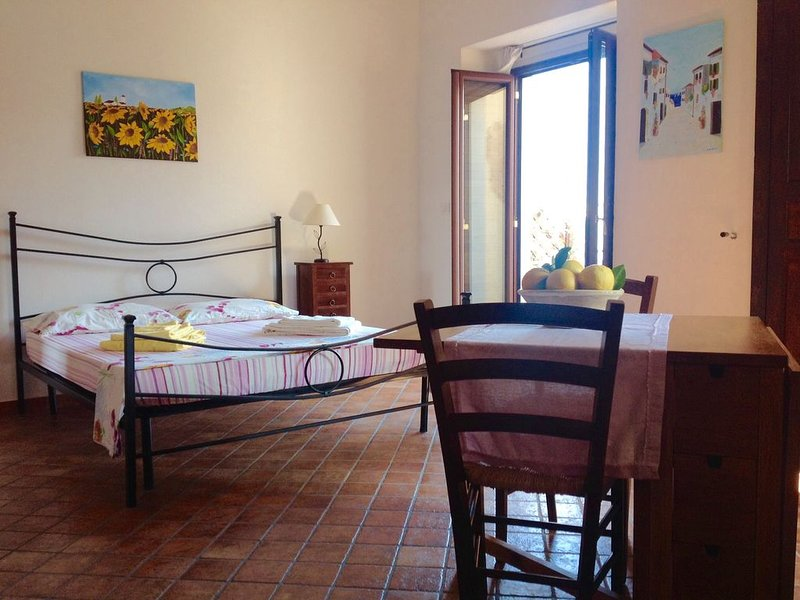 Elegant Holiday Home, in the village of Badolato, holiday rental in Badolato Marina