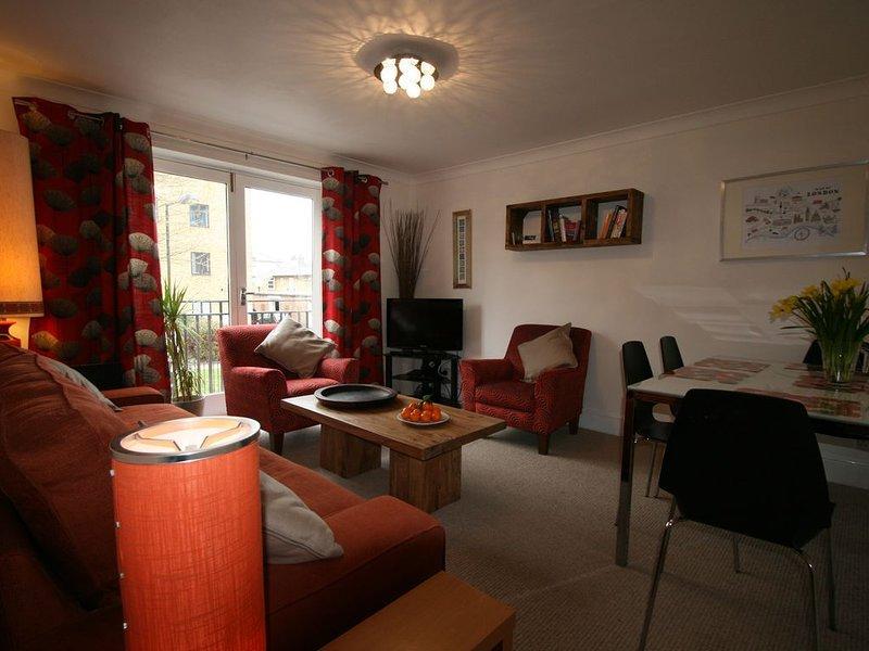 Highbury - great secure location, easy access to City and West End., aluguéis de temporada em Londres