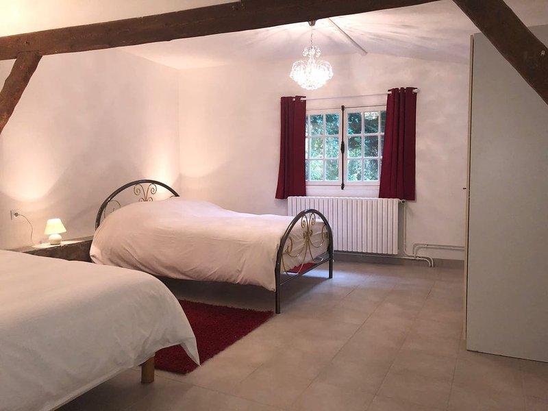 Maison en bord de seine de 1 à 6 pers à 45km de Paris, location de vacances à Dammarie-les-Lys
