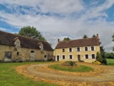 Spacious, elegant farmhouse Le Perche, S.Normandy, location de vacances à Orne