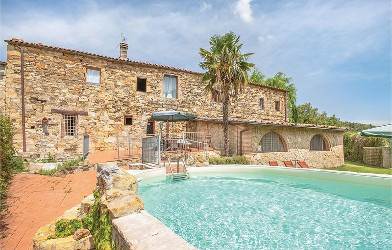 3 bedroom accommodation in Castellina in Chianti, holiday rental in Isole