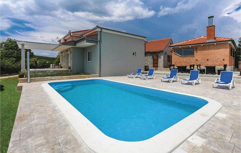 3 Zimmer Unterkunft in Dugogabe, location de vacances à Kastel Sucurac