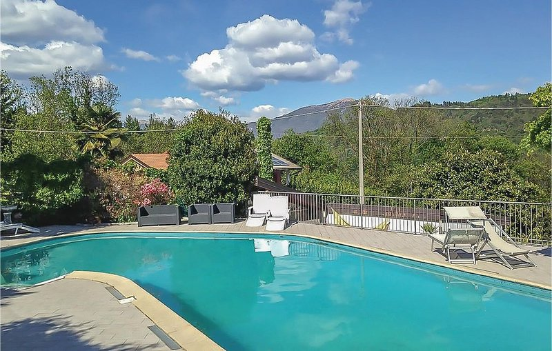 3 Zimmer Unterkunft in Brissago-Valtravaglia, casa vacanza a Cunardo