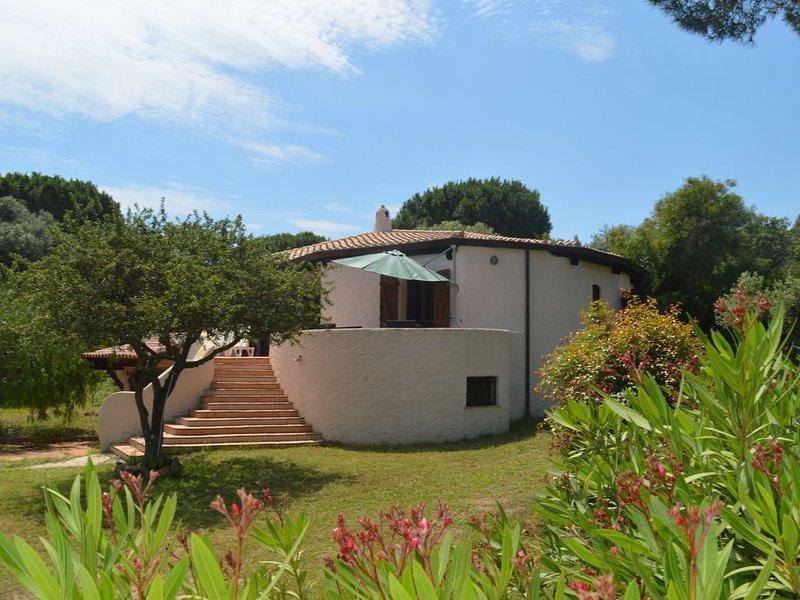Villa Su Pirastu in Lu Impostu, alquiler de vacaciones en Cerdeña