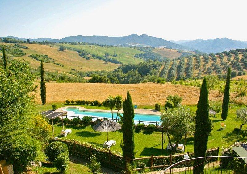 Agriturismo in Toscana con piscina vicino al mare Pisa Siena Firenze, vakantiewoning in Pomarance