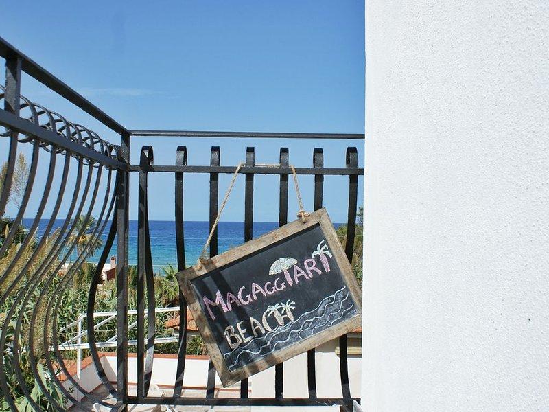 CINISI - MAGAGGIARI BEACH HOUSE, aluguéis de temporada em Cinisi