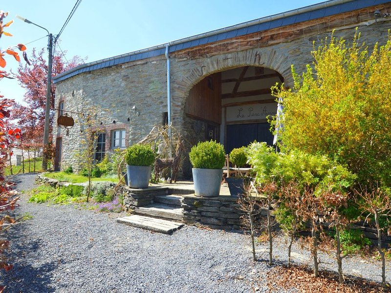 Modern Holiday Home in Ardennes with Terrace, vacation rental in Bourseigne-Vieille