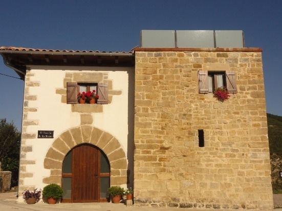 Casa rural (alquiler íntegro) El Torreón de la Bruna para 16 personas, alquiler vacacional en Sos del Rey Católico