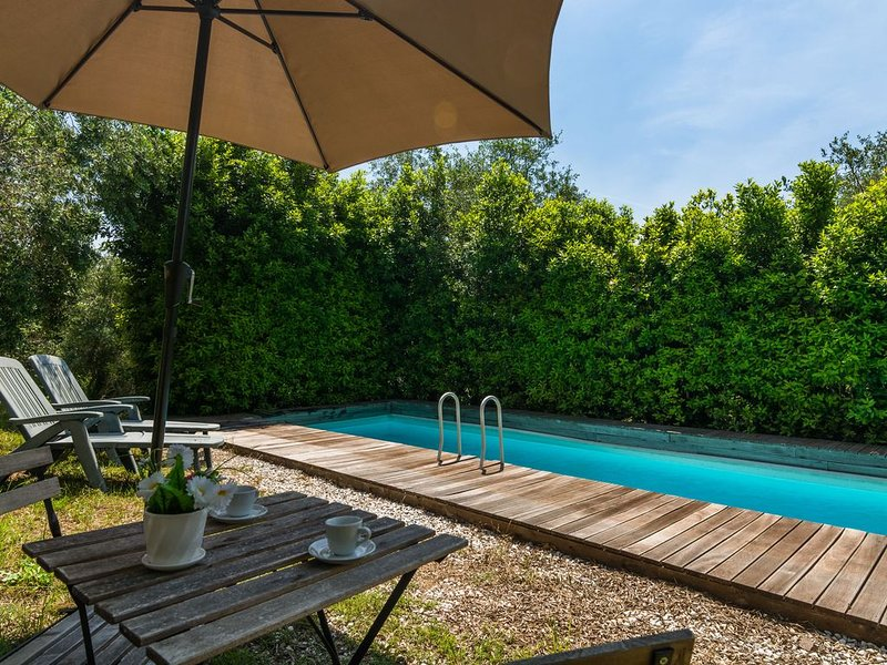 Idyllic Holiday Home in Pescia with Swimming Pool, location de vacances à Buggiano