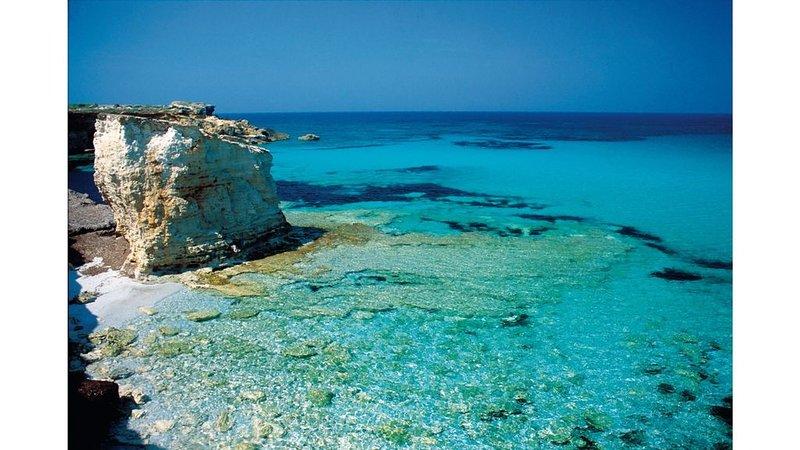 Casa S'Anea, on the seashore, holiday rental in Sa Rocca Tunda
