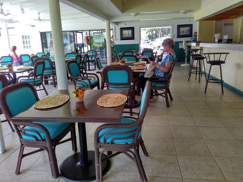 Clubhouse  Restaurant & Bar