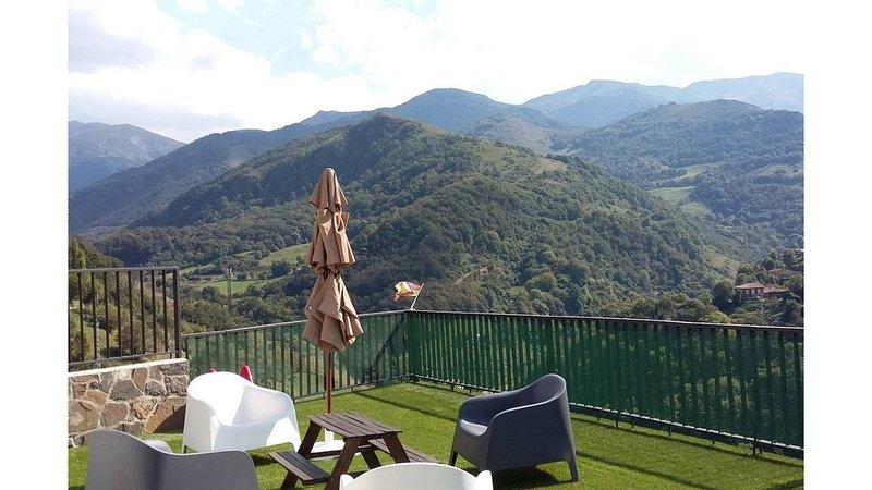 Casita de aldea independiente, holiday rental in Felechosa