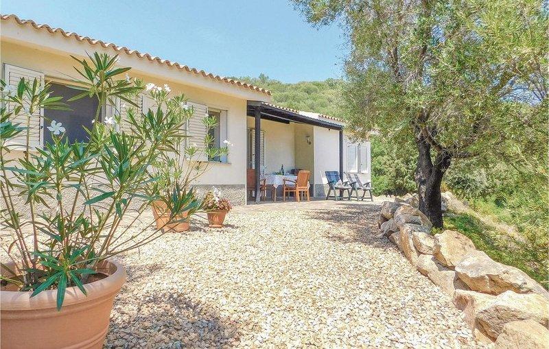2 Zimmer Unterkunft in Olbia, vacation rental in Cugnana