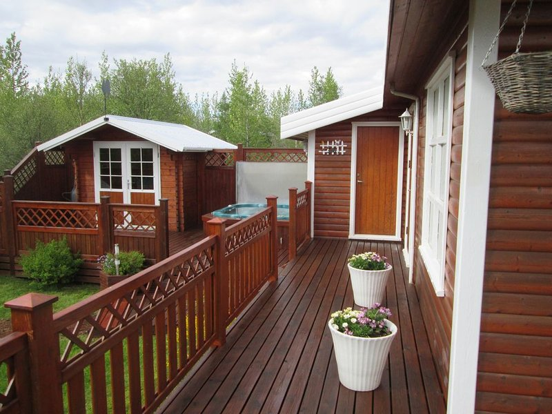 Cozy Cottage in the center of The Golden Circle, holiday rental in Laugarvatn
