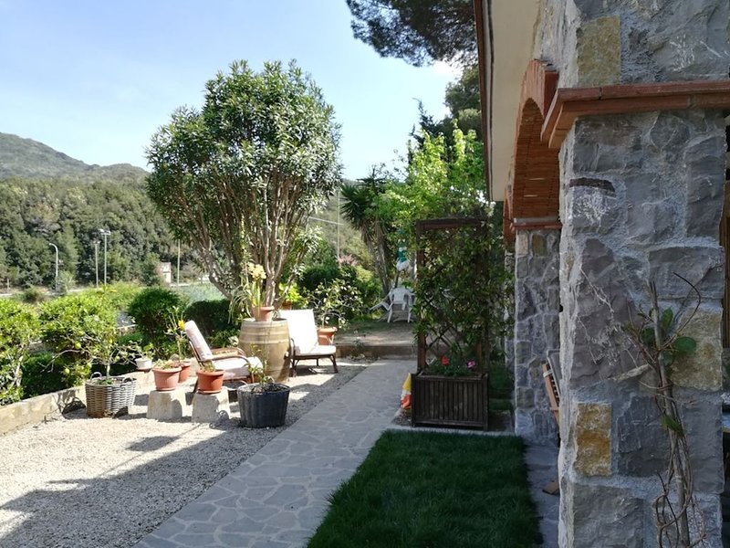 PROCCHIO-ISOLA D'ELBA-EOLO, holiday rental in Bagno-Sprizze