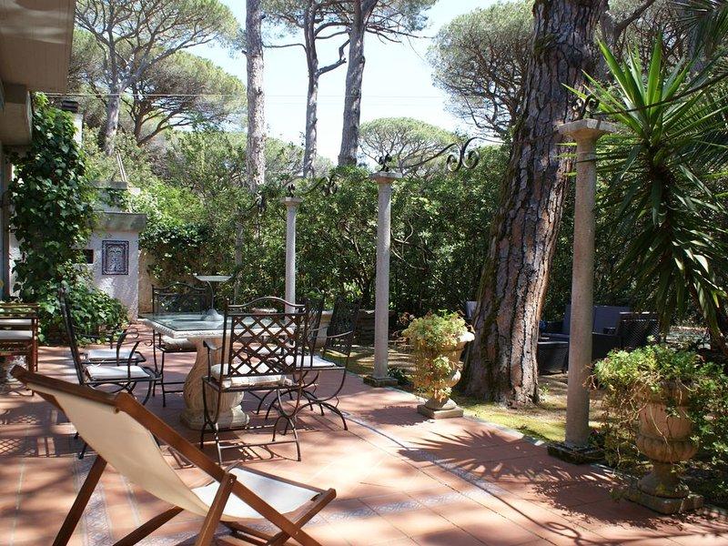 ♥LA CASA NELLA PINETA | Villetta  con giardino + BBQ a due minuti dal mare♥, vacation rental in Castagneto Carducci