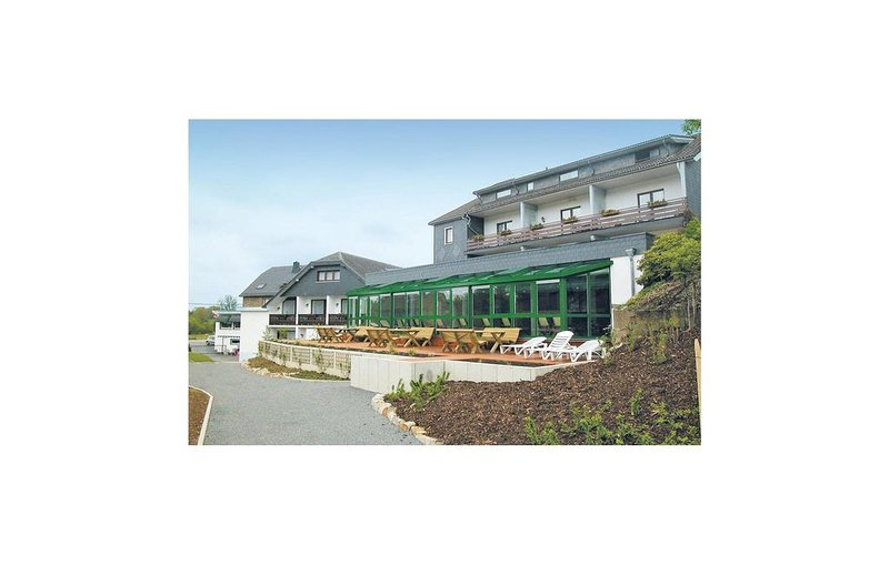 2 Zimmer Unterkunft in Büllingen, holiday rental in Wirtzfeld