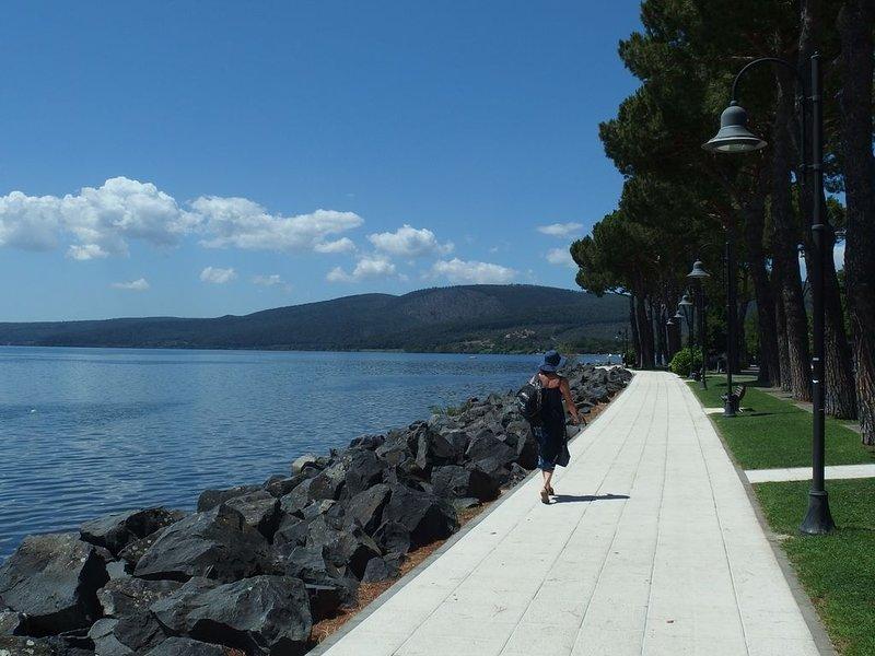 Romantic lakefront