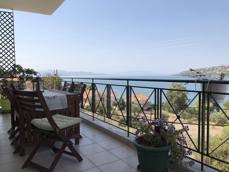Malesina: Appartement dans petite résidence calme, vacation rental in Skroponeria