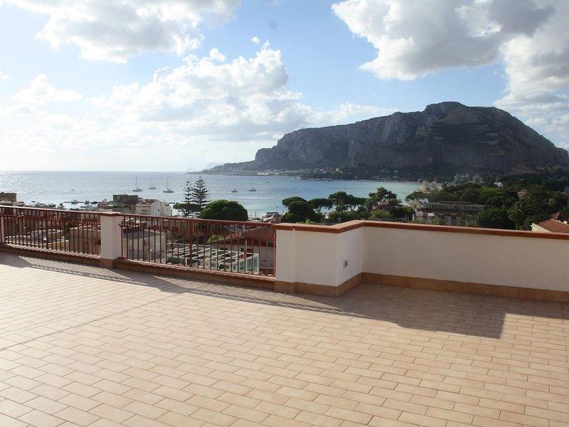 Villa Nice Mondello, vacation rental in Raffo