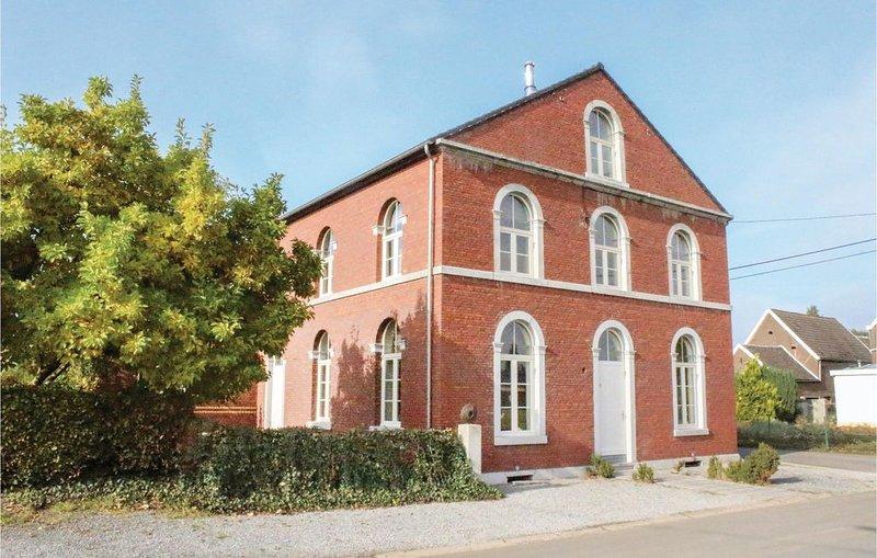9 Zimmer Unterkunft in Richelle/Visé, alquiler vacacional en Berneau