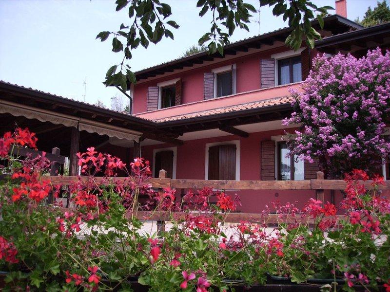 Appartamento Cottage  'RELAX'   in Franciacorta e lago d'Iseo, balcone, Ferienwohnung in Calino