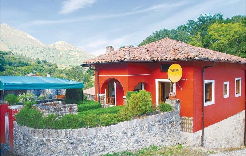 2 Zimmer Unterkunft in Mere, holiday rental in Robellada