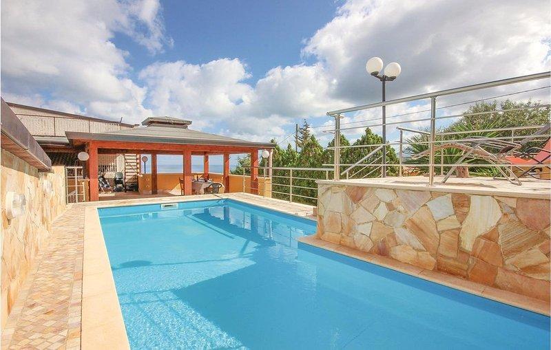 3 Zimmer Unterkunft in Altavilla Milicia PA, holiday rental in Bolognetta