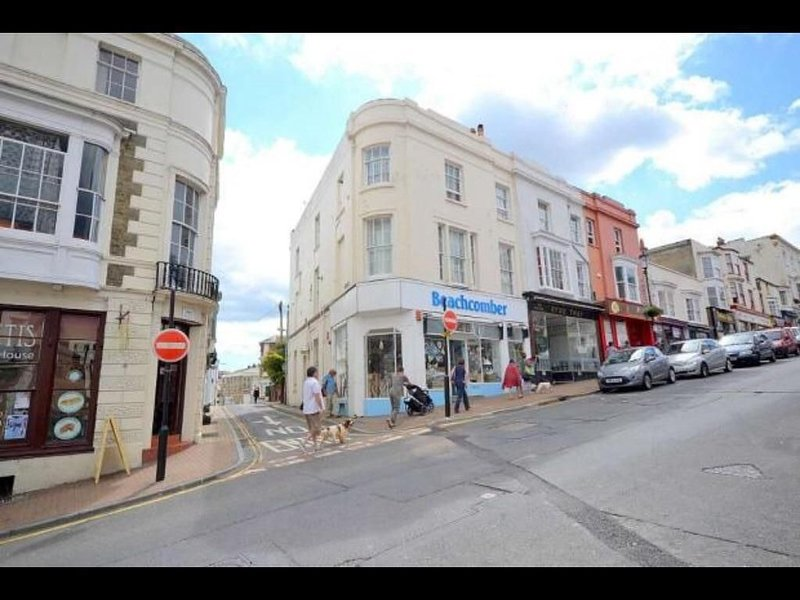 One Bed Flat Can Sleep Up To 4, holiday rental in Nettlestone
