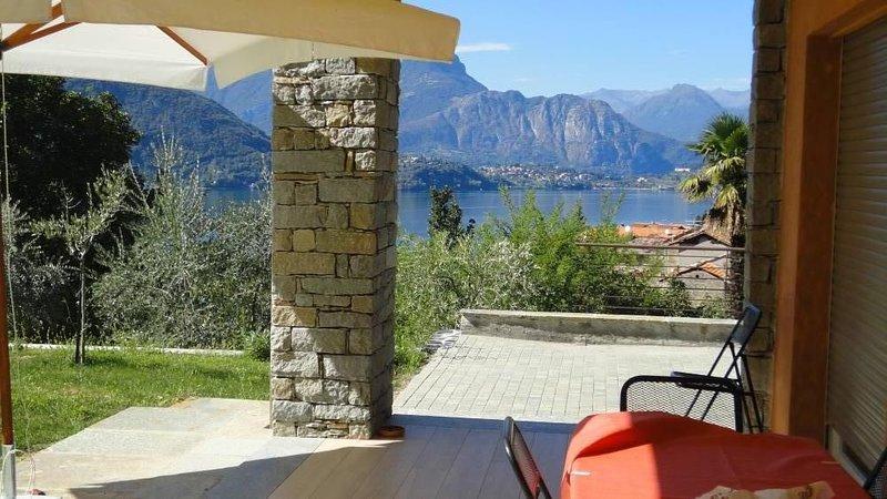 Cottage  splendida vista sul lago di Como  e Bellagio, vacation rental in Lierna