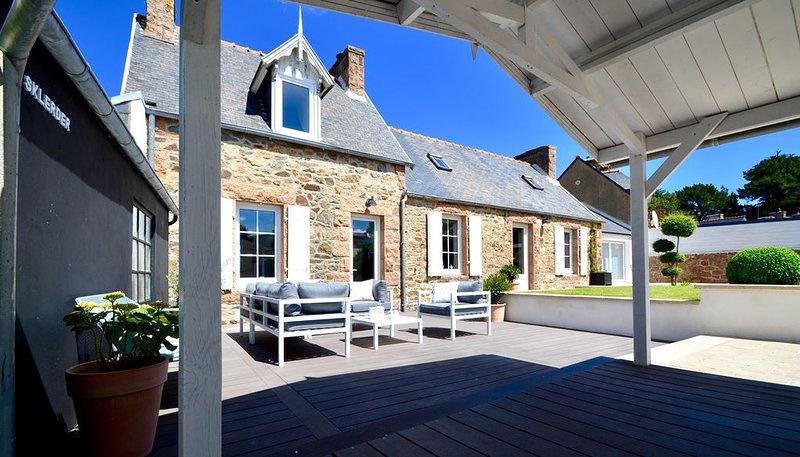 La Clarté-House, location de charme située à 1km du Port de Ploumanac'h, location de vacances à Perros-Guirec
