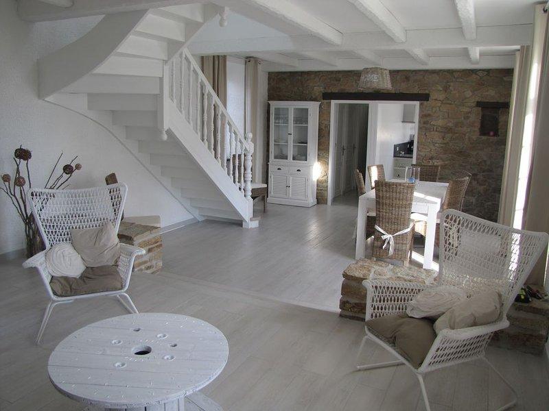 Maison bord de mer St Cava PLOUGUERNEAU, holiday rental in Plouguerneau