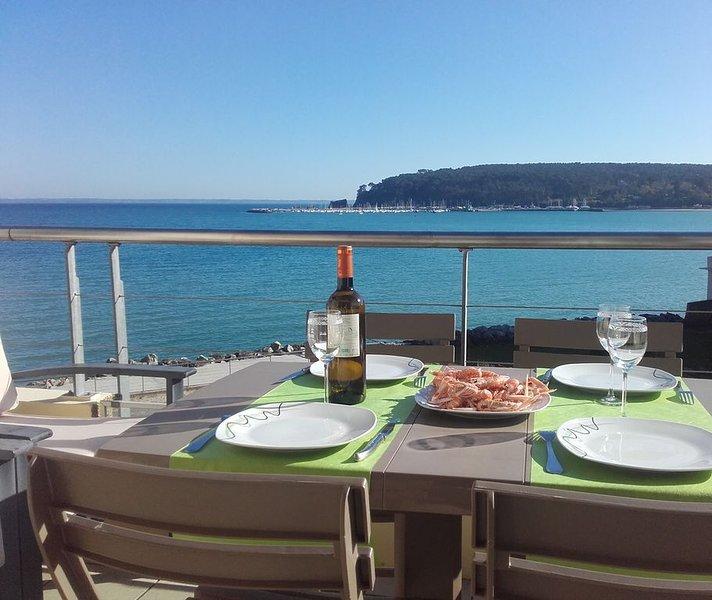 Appartement face à la mer et au port de Morgat – semesterbostad i Crozon