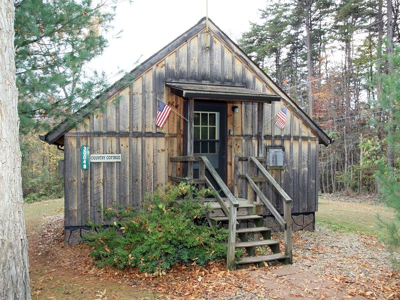 Blue Rose Cabins - Country Cottage, alquiler vacacional en Logan