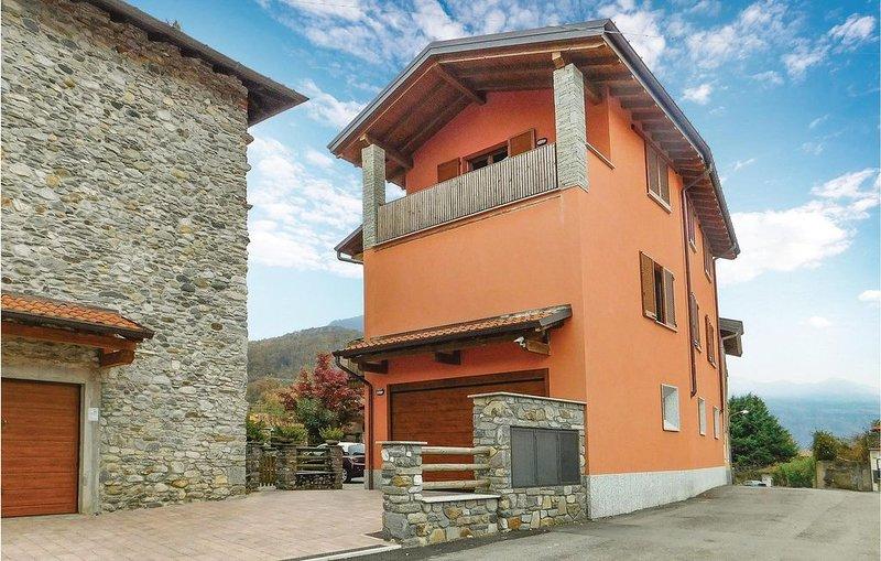 2 Zimmer Unterkunft in Brezzo di Bedero, alquiler vacacional en Montegrino Valtravaglia