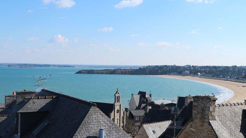 VUE MER -SAINT-CAST-ST MALO-DINARD 8 PERSONNES, alquiler vacacional en Saint-Cast le Guildo