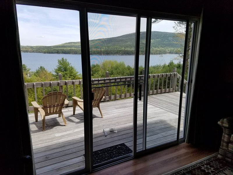 Oceanfront Cottage Surrounded by Acadia National Park with Docks & Row Boats, holiday rental in Acadia National Park