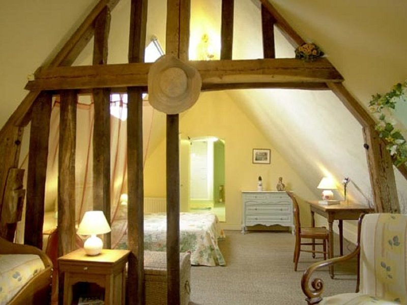 La Ferme d'Alençon : chambre Pastelle  2 à 3 personnes, casa vacanza a Marais-Vernier