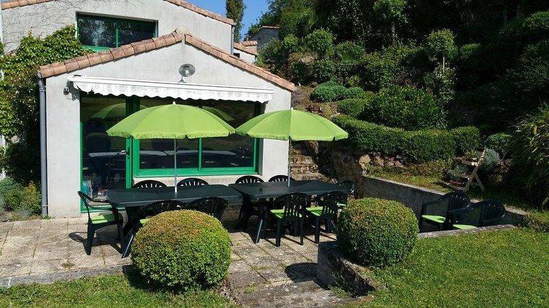 Gîte 'La Bonne Franquette' proche du 'Puy Du Fou', holiday rental in La Flocelliere
